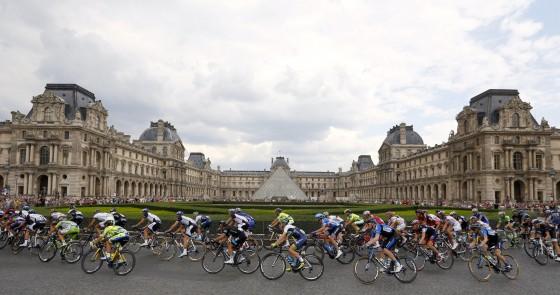 2014 Tour de France 01 560x295