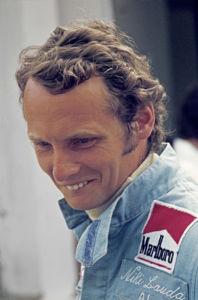 Niki Lauda Jaegermeister Racing Bildagentur Kraeling Fahrerbild 198x300
