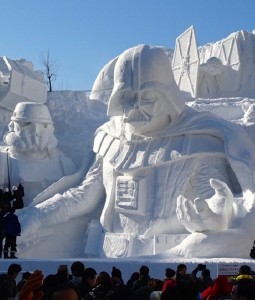 Pop Culture Snow Sculpture 02 e1425355387774 255x300