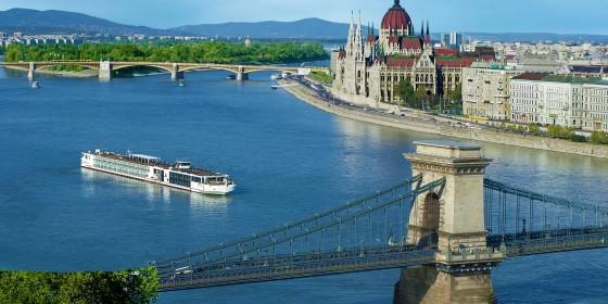 Viking River Cruises 2 560x280