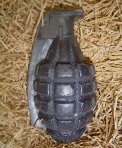 grenade08 248x300