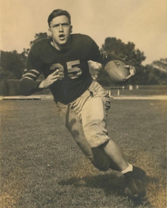 15. Bill Dudley 1942 560x697