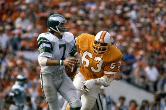 9. Lee Roy Selmon 1976 560x371