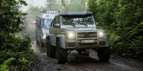 Jurassic Mercedes 560x280