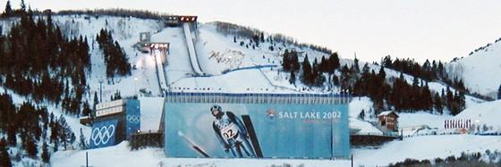Ski 560x187
