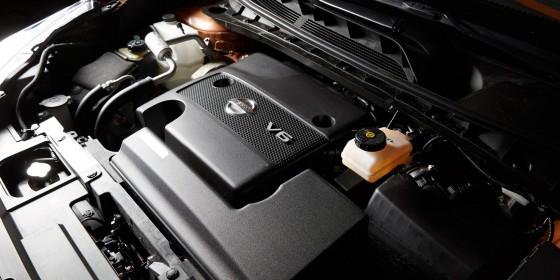 V6 560x280
