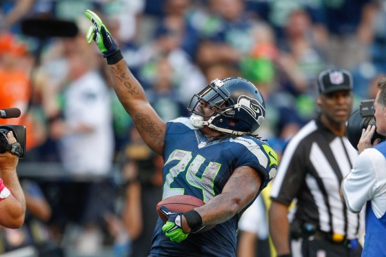 marshawn lynch 560x373