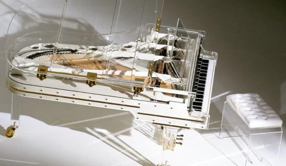 Crystal Piano 560x325