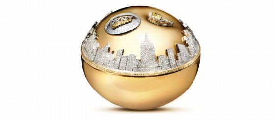 DKNY Golden Delicious Million Dollar Bottle e1449121003524 560x244