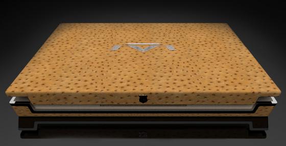 Luvaglio One Million Dollar Laptop e1449122000659 560x286