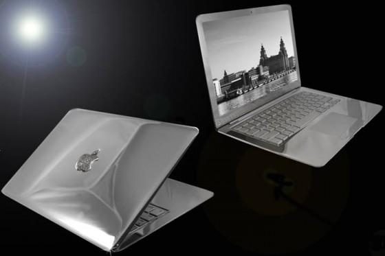 Platinum Mac Book Air 560x373