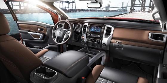 2016 Nissan Titan Interior 3 560x280