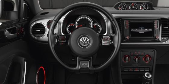 2016 Volkswagen Beetle Interior 1 560x280