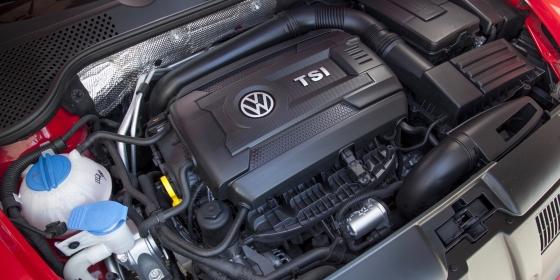 2016 Volkswagen Beetle Performance 2 560x280