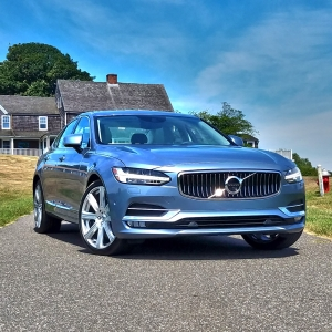 2017 Volvo S90 : Review