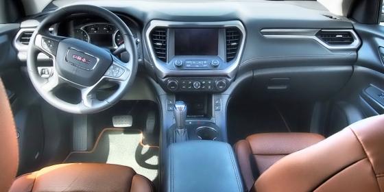2017 GMC Acadia Interior 1 1 560x280