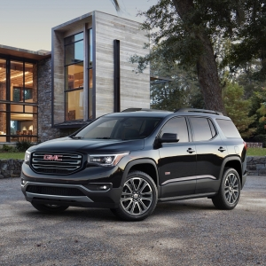 2017 GMC Acadia : Review