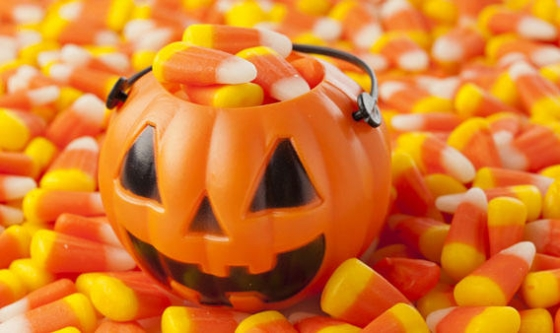 Old fashioned Candy corn makes big comeback for Halloween article top 560x333