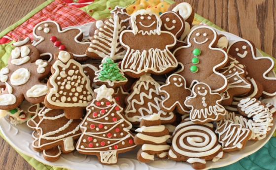 Gingerbread Cookies 560x346