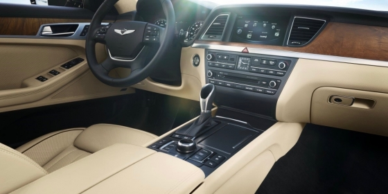 2017 Genesis G80 Interior 1 560x280