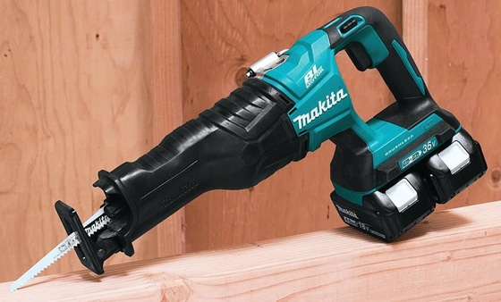 Makita Saw 560x338