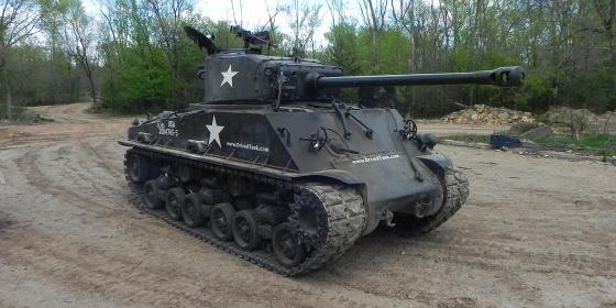Sherman M4A2E8 3 560x280