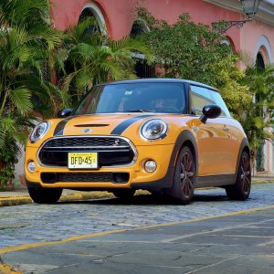 5 Reasons Driving a Mini Cooper is Cool
