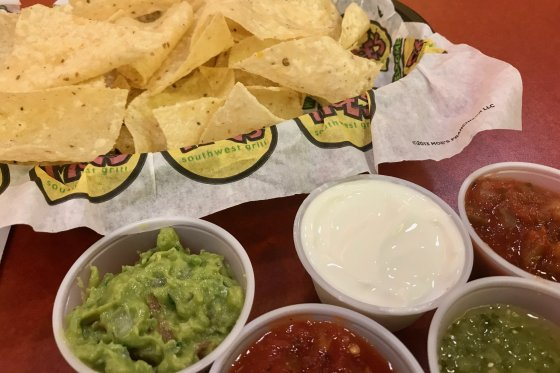 Moes Southwest Grill 4 560x373