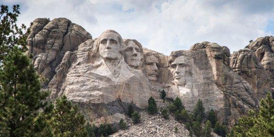 Mt Rushmore 560x280