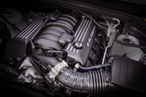 2018 Dodge Durango SRT Performance 1 560x373