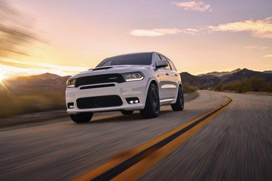 2018 Dodge Durango SRT Performance1 1 560x374