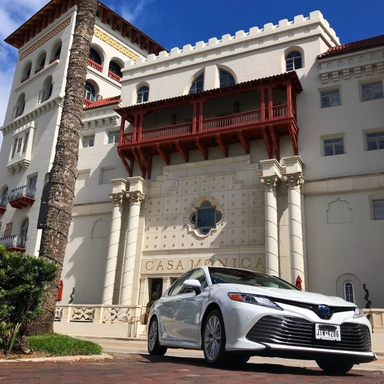 Toyota Camry Hotel Monica 1 560x560