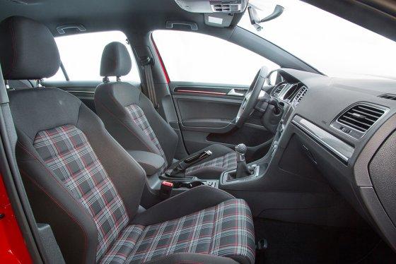 2017 Golf GTI 5385 560x374