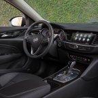2018 Buick Regal Sportback Interior 3 144x144