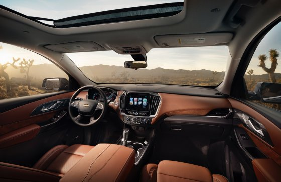 2018 Chevrolet Traverse High Country 4 560x363