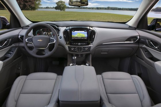 2018 Chevrolet Traverse Interior 2 560x373