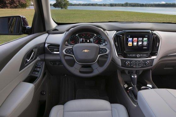 2018 Chevrolet Traverse Interior 3 560x373