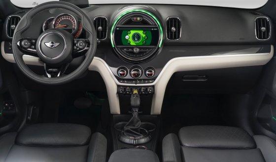 2018 Mini Cooper SE Countryman Interior 1 560x329