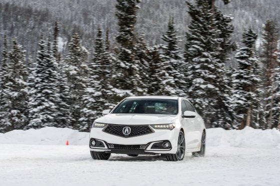 Colorado Ice Driving Encounter 25 560x373