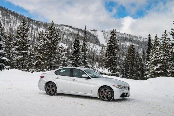 Colorado Ice Driving Encounter 27 560x374