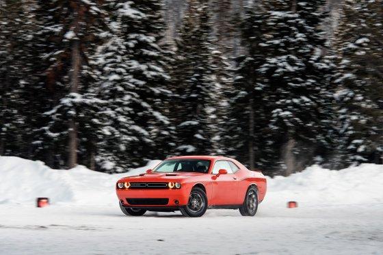 Colorado Ice Driving Encounter 38 560x373