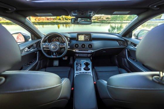 2018 Kia Stinger GT Interior 1 560x373