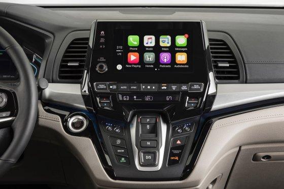 2018 Honda Odyssey Interior 5 560x373