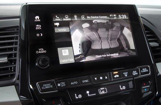 2018 Honda Odyssey Safety 2 560x365