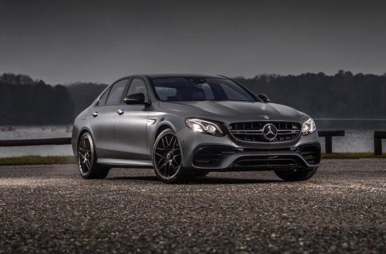 2018 Mercedes AMG E63 Exterior 1 560x369