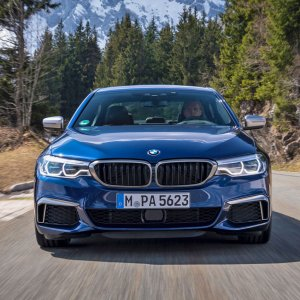 2018 BMW M550i : Review
