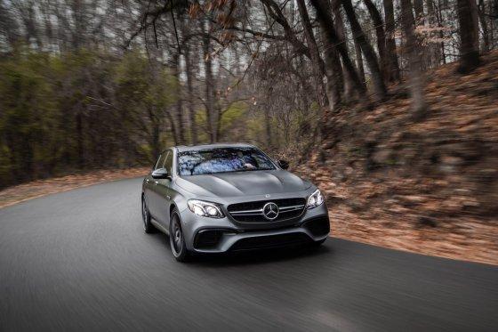 2018 Mercedes AMG E63 Performance 1 560x373