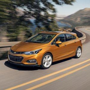 2018 Chevrolet Cruze Hatch : Review