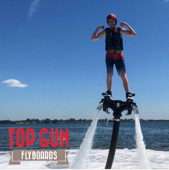 Top Gun Flyboarding 560x563