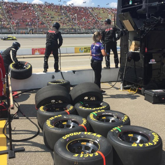 Goodyear Racing NASCAR 560x560